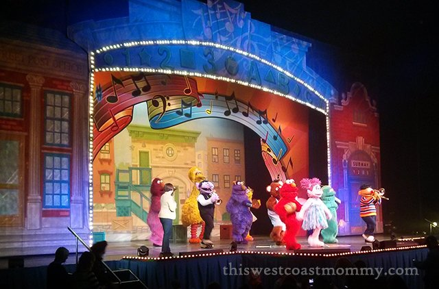 Elmo Makes Music and Great Family Memories!