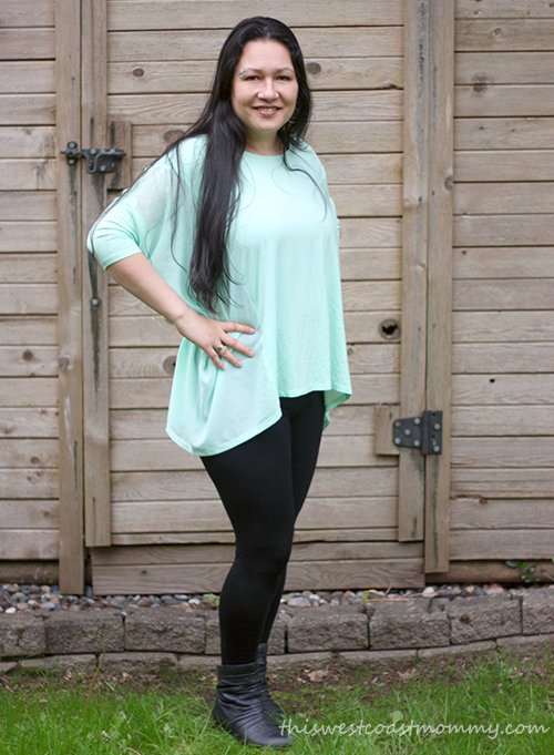 Layla top and Suri leggings from LNBF