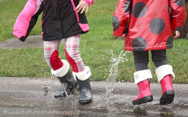 Go puddle jumping in Stonz Rain Bootz!